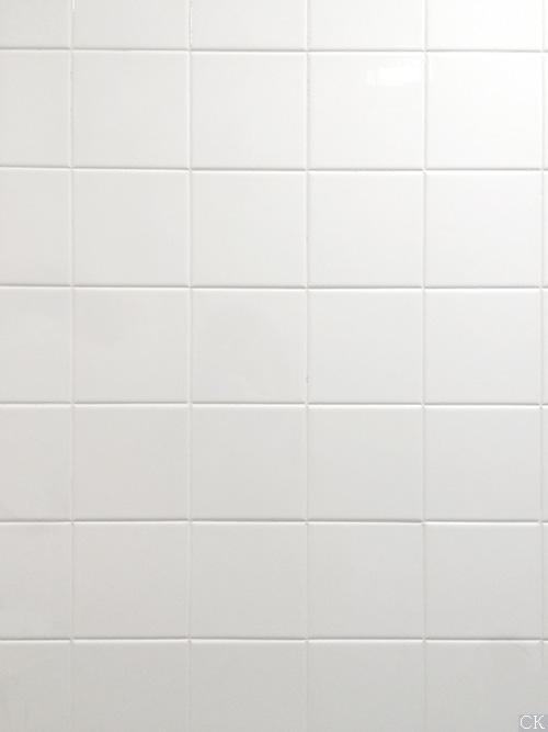 Укладка белой плитки с белым швом