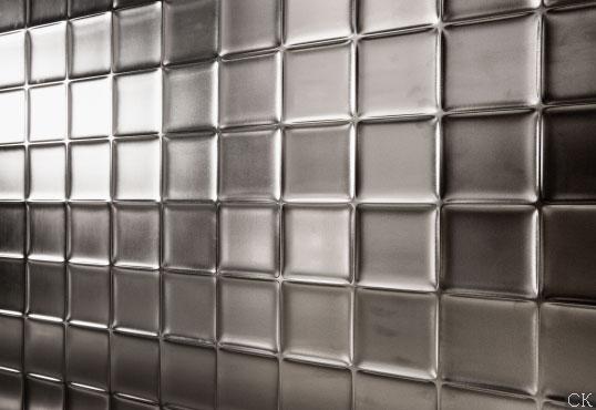 Плитка с рельефной поверхностью с золотом и серебром