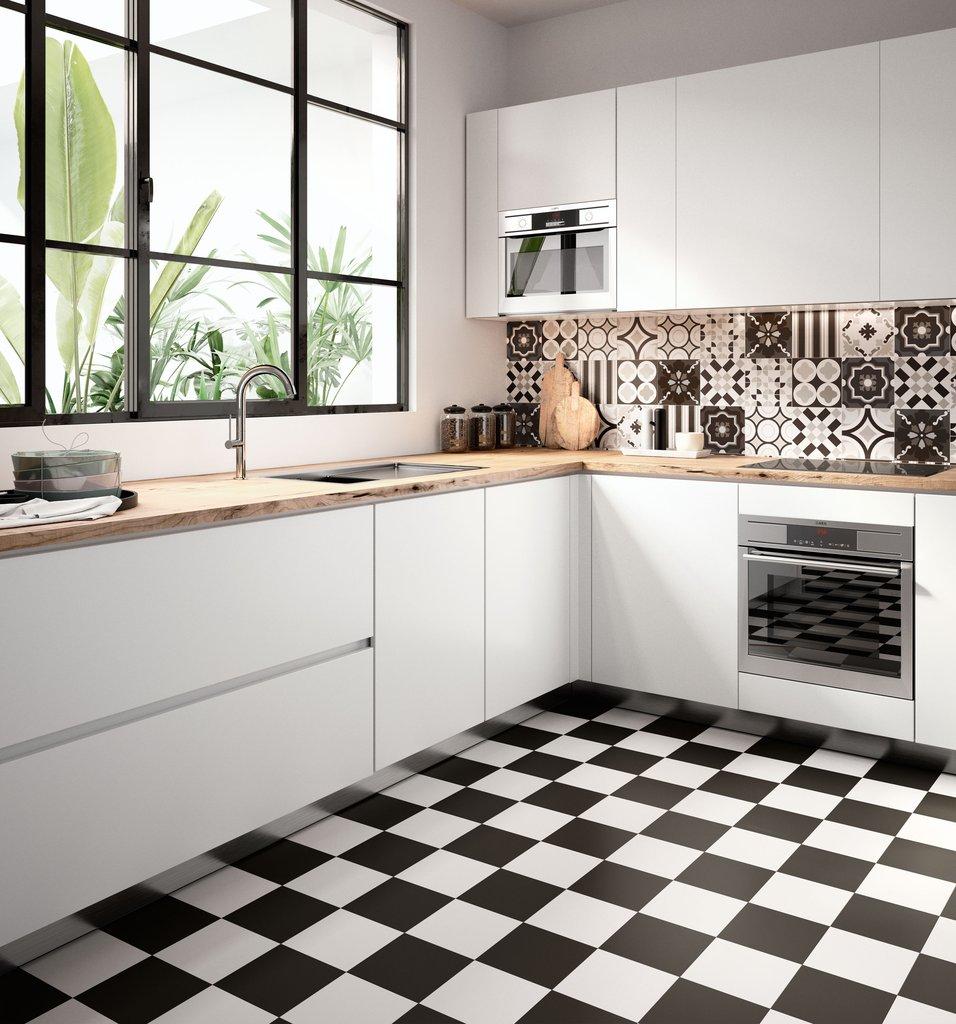 Премиальная черно-белая плитка пэчворк для кухни