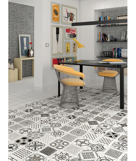 Дизайнерская напольная плитка с черно-белой графикой, 20х20