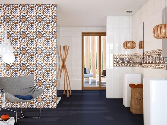 Белая плитка для пола и стен с ориентальными узорами
