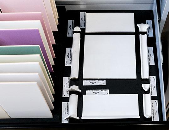 Керамическая плитка под белый кирпич, с углами