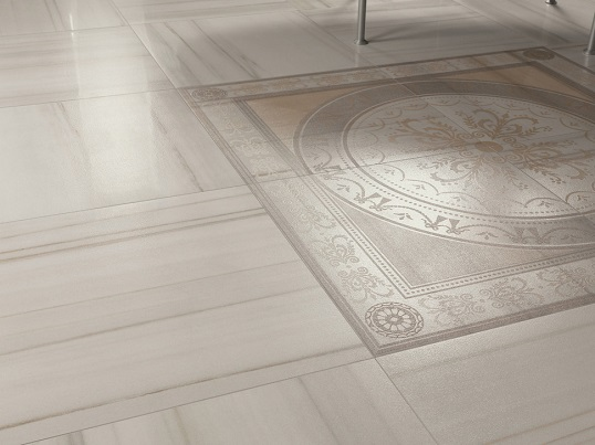 Белая плитка для пола с мраморным рисунком зебрано