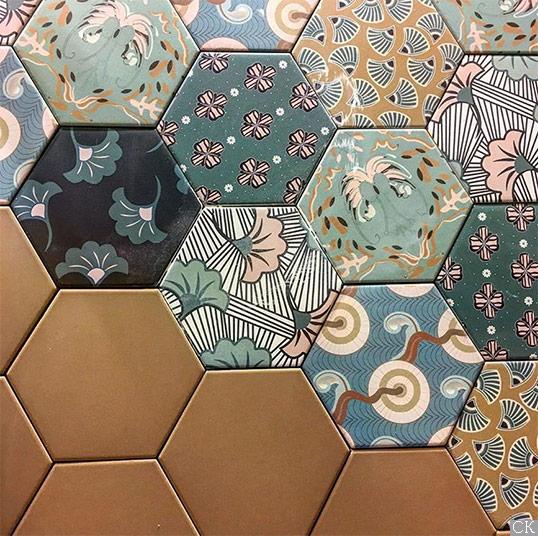 Дизайнерская шестиугольная плитка с цветочныи узорами