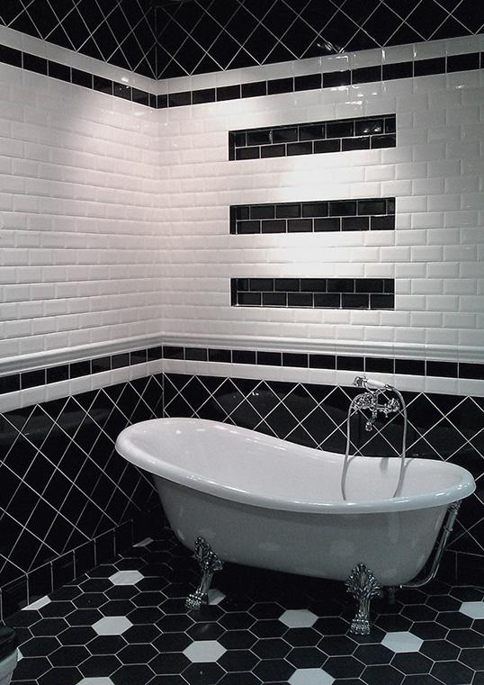 Черно-белая плитка кирпичик в ванную
