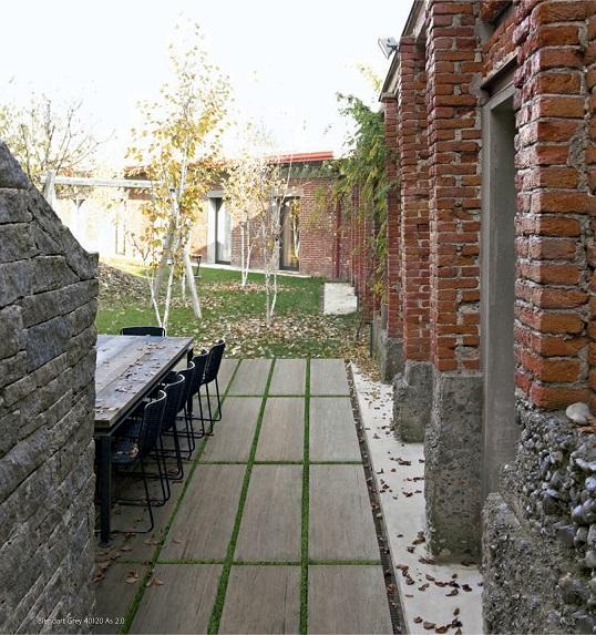Уличный керамогранит толщиной 20 мм под дерево
