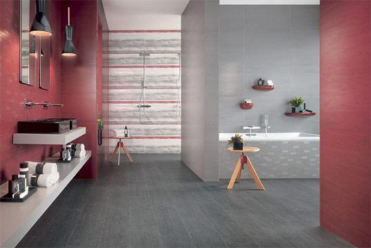 Красная матовая плитка для ванной комнаты