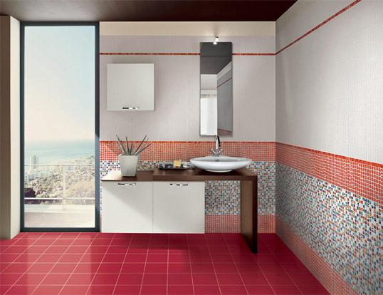 Красная плитка в ванную, под мозаику