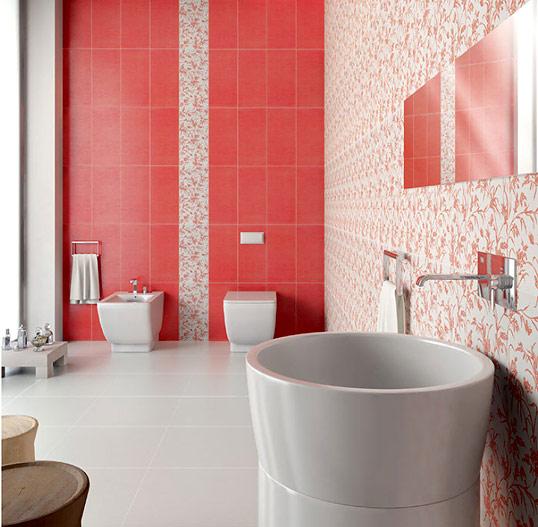 Красная плитка с цветами, для ванной