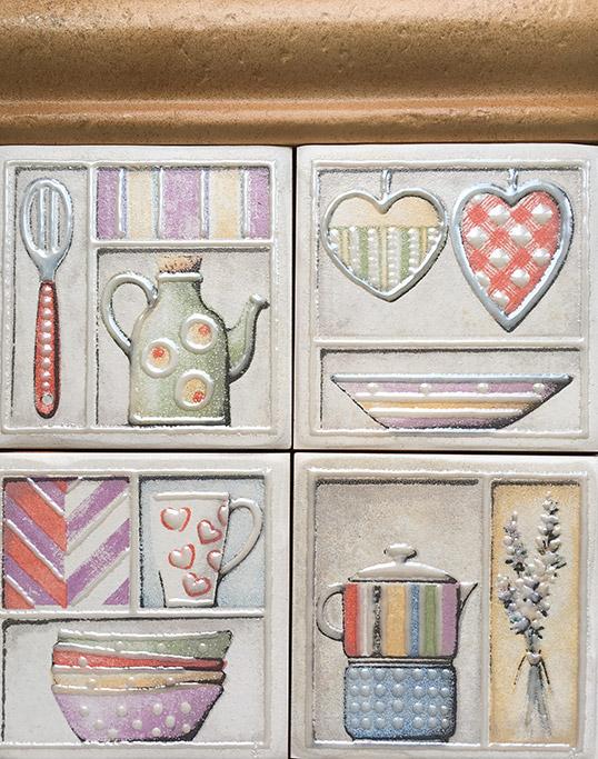 Плитка на фартук кухни 10x10 см,  с чайниками и сердечками