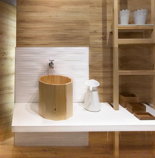 Керамическая плитка под дерево для ванной в скандинавском стиле