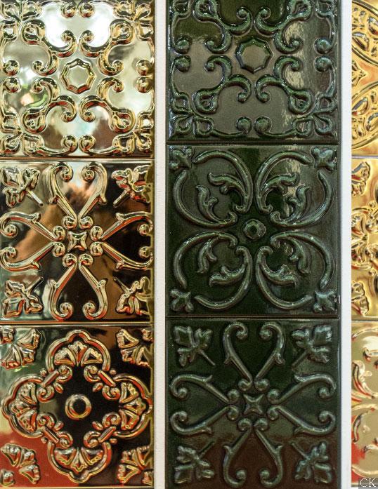 Металлизированная плитка под золото, 20х20 см