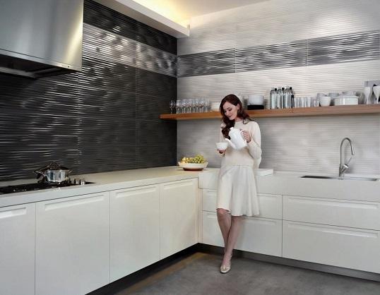 Металлизированная плитка волной для стен