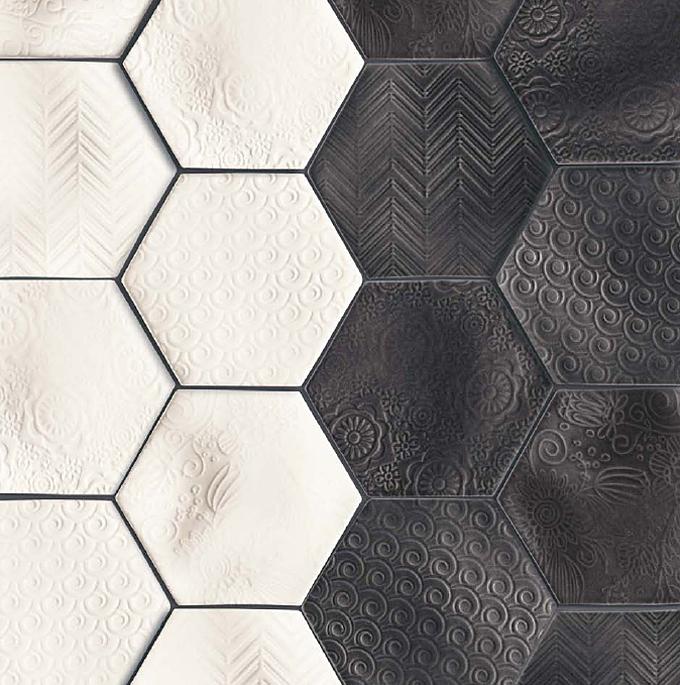 Natucer Caprice – черно-белая плитка шестиугольник с живописными фактурными узорами