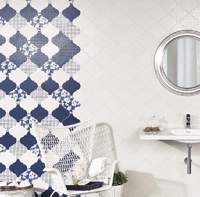 Natucer Provenzal Compo – удивительная коллекция плитки в форме четырехлестника в бело-голубом цвете