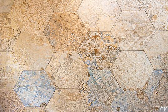 Шестиугольная плитка с текстурой сирийских обоев