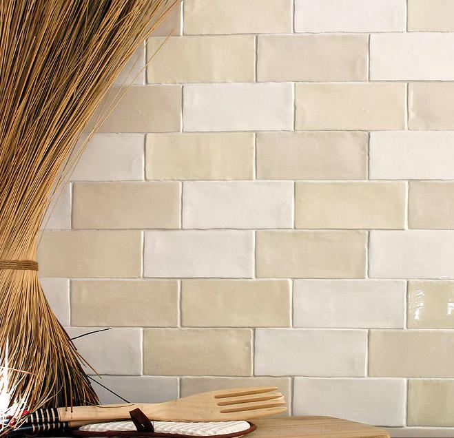 Бежевая керамическая плитка для стен в форме кирпичика