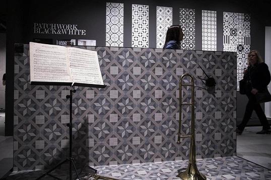 Плитка из керамогранита 20х20 см с викторианскими орнаментами