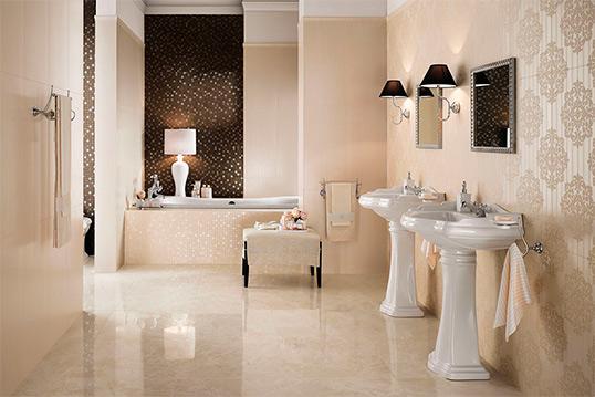Бежевая плитка для ванной комнаты большого размера