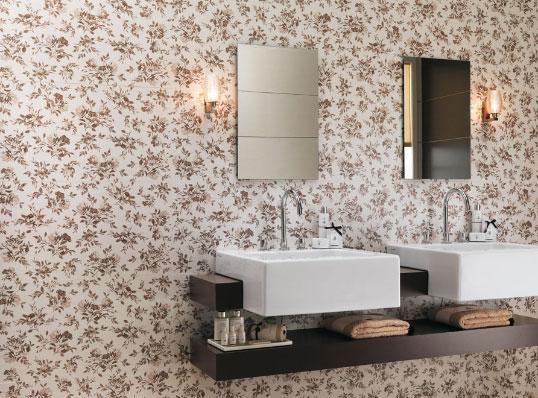 Настенная плитка с цветами для ванной