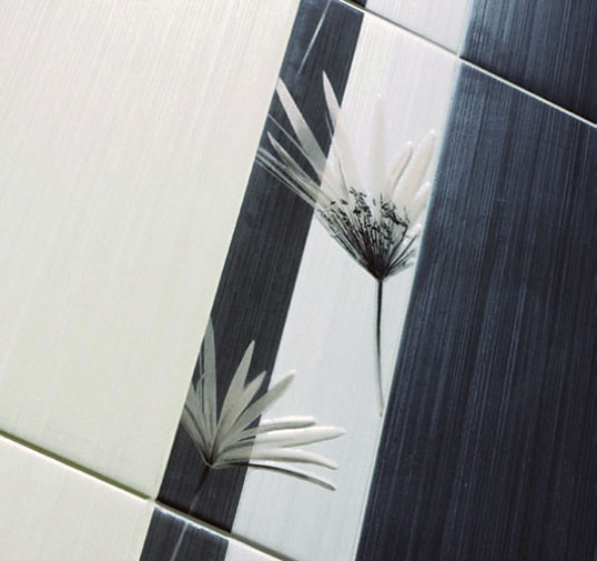 Плитка с цветами для ванной комнаты в скандинавском стиле