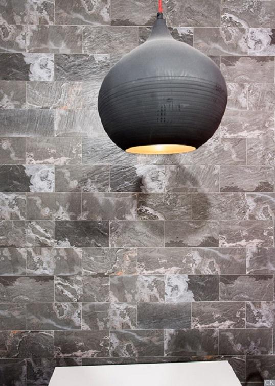 Имитация слоистой горной породы для пола и стен