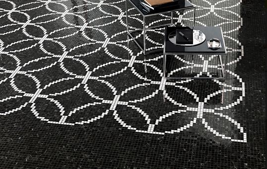 Напольная плитка с мозаичным орнаментом