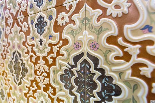 Плитка с восточной вязью для пола и стен