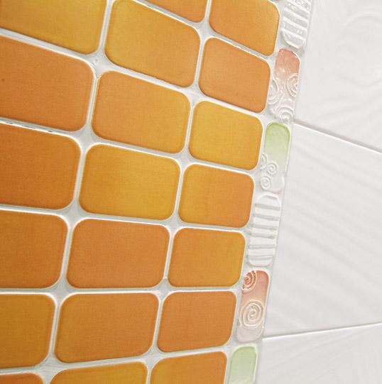 Итальянская плитка под мозаику для ванной. распродажа!