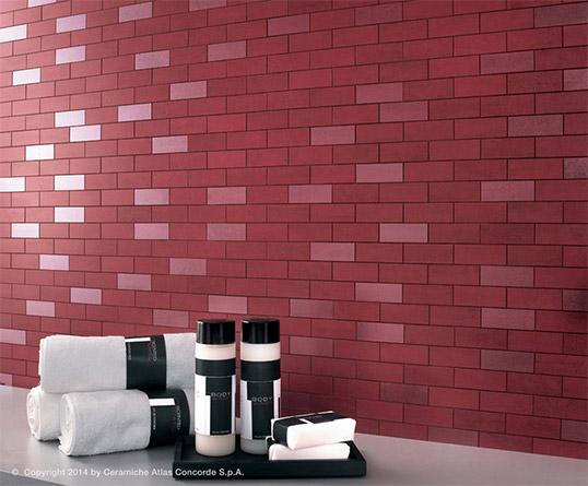 Красная плитка в форме кирпичика