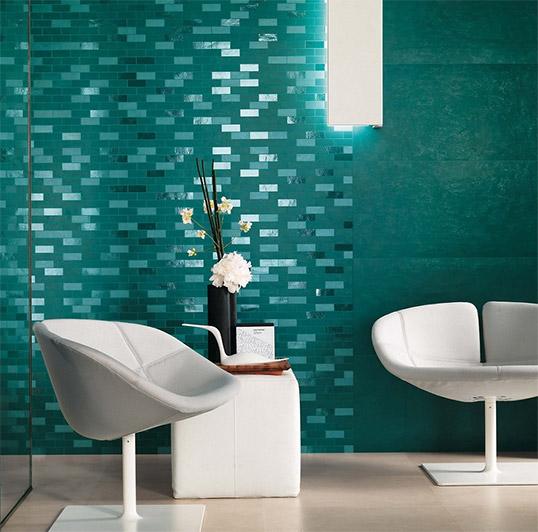 Авангардная плитка изумрудного цвета в форме кирпичика