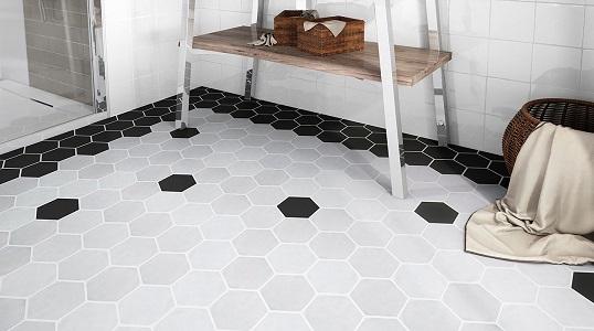 Небольшая черно-белая плитка шестиугольной формы