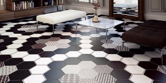 Черно-белая плитка шестиугольной формы в современном стиле