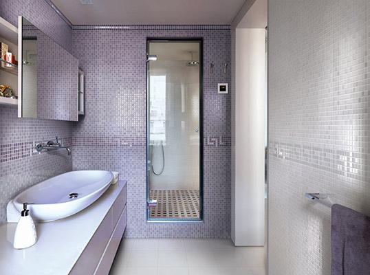 Сиреневая плитка под мозаику для ванной