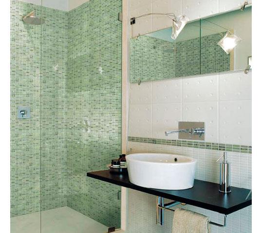 Плитка под мозаику для маленькой ванной