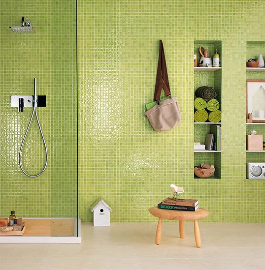 Салатовая плитка для ванной, под мозаику