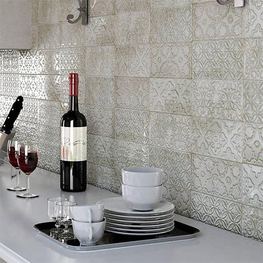 Резная плитка в восточном стиле для кухни и ванной