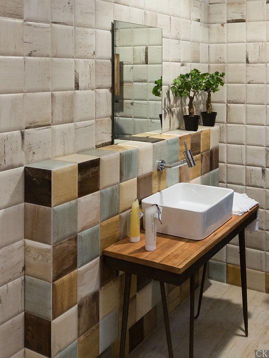 """""""Винтажная"""" плитка размера 15х15 см для ванной"""
